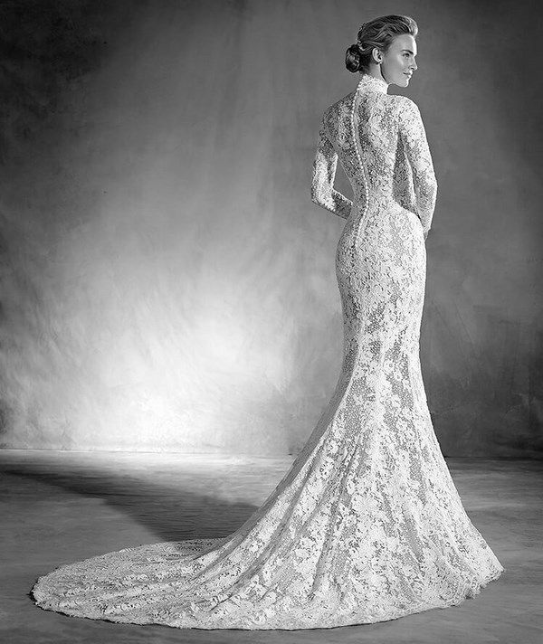 Elvira Dignified Mermaid Style Wedding Dress With Long Sleeves And Victorian Inspiration An Excellent Combination Of Guipure Tulle Lace That Traces