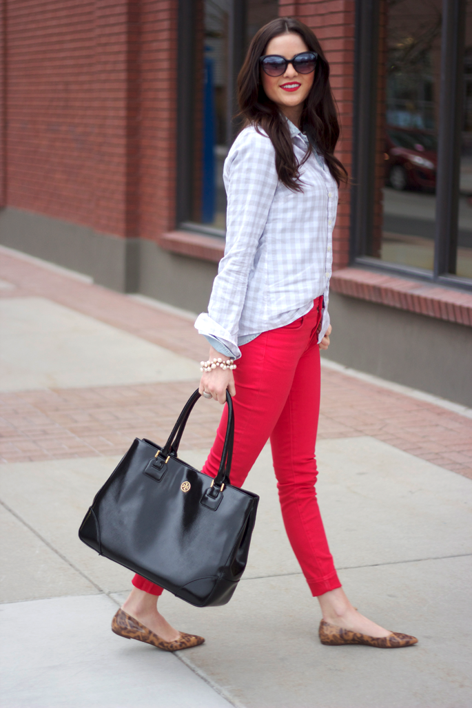 layered button ups + colored jeans + leopard shoes