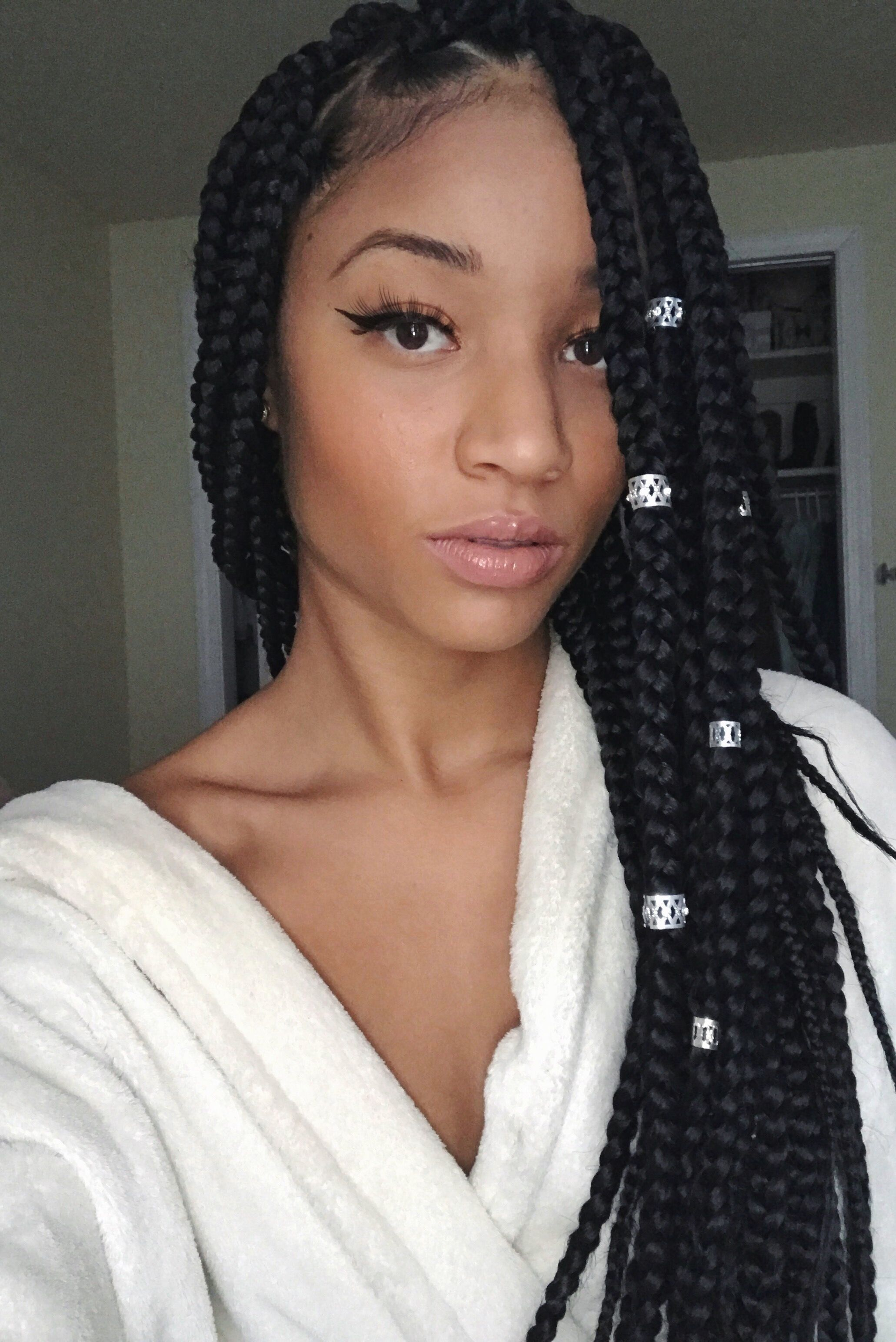 Lightskin Girl Box Braids Hair She Comes Pinterest