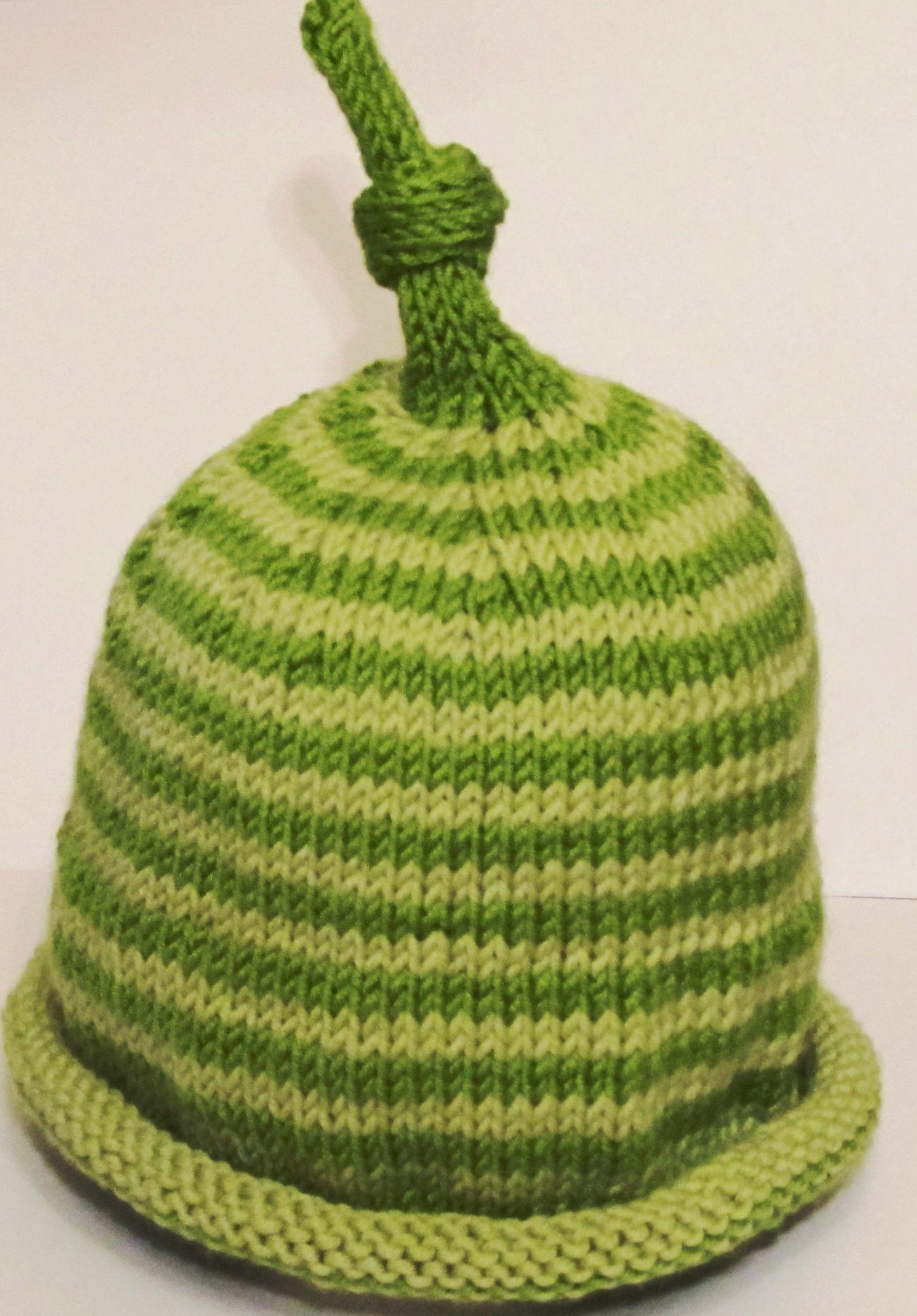Baby cashmerino hat - Debbie Bliss pattern  d17c84297ee