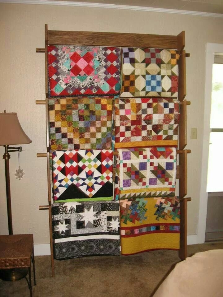 A Great Wall Hanger For Displaying Quilts Quilt Display Racks