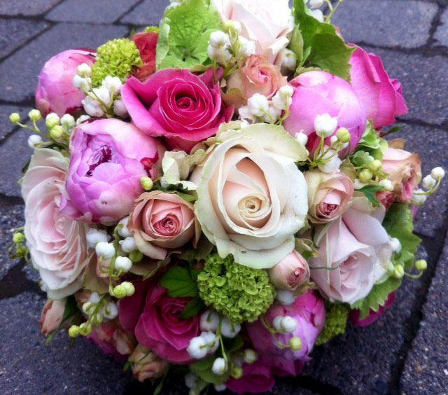 Hochzeitsdeko Rosa Weiss Grun Google Suche Blumendekoration