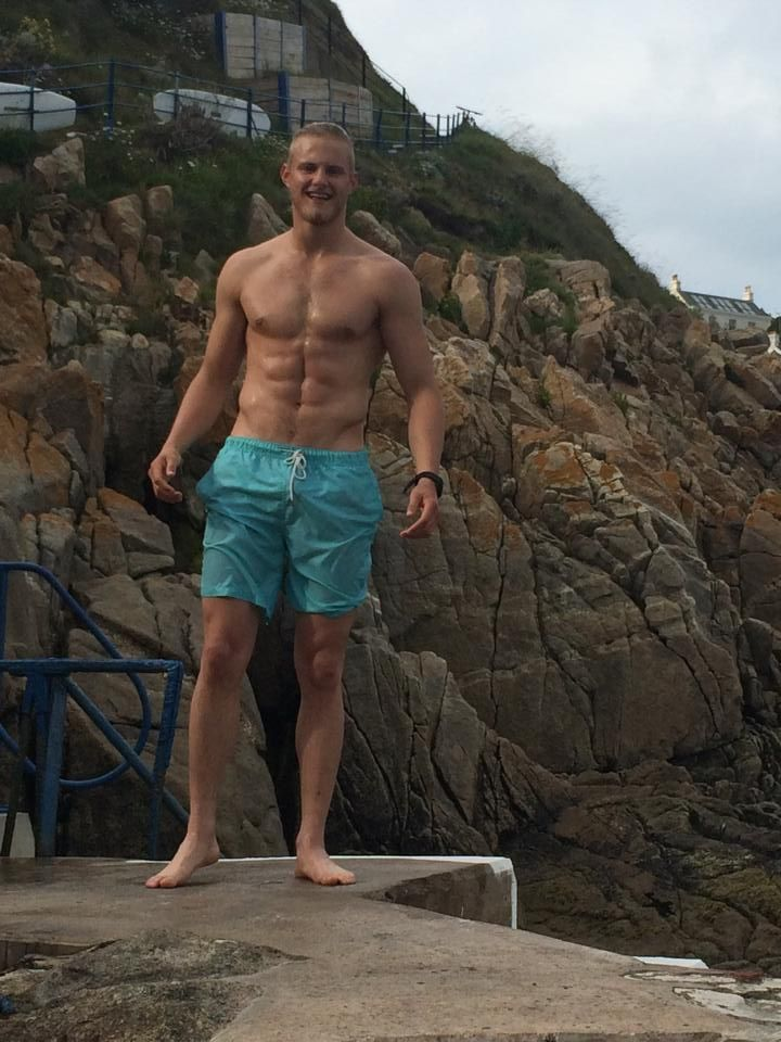 ALEXANDER LUDWIG - STARS AS BJORN IN