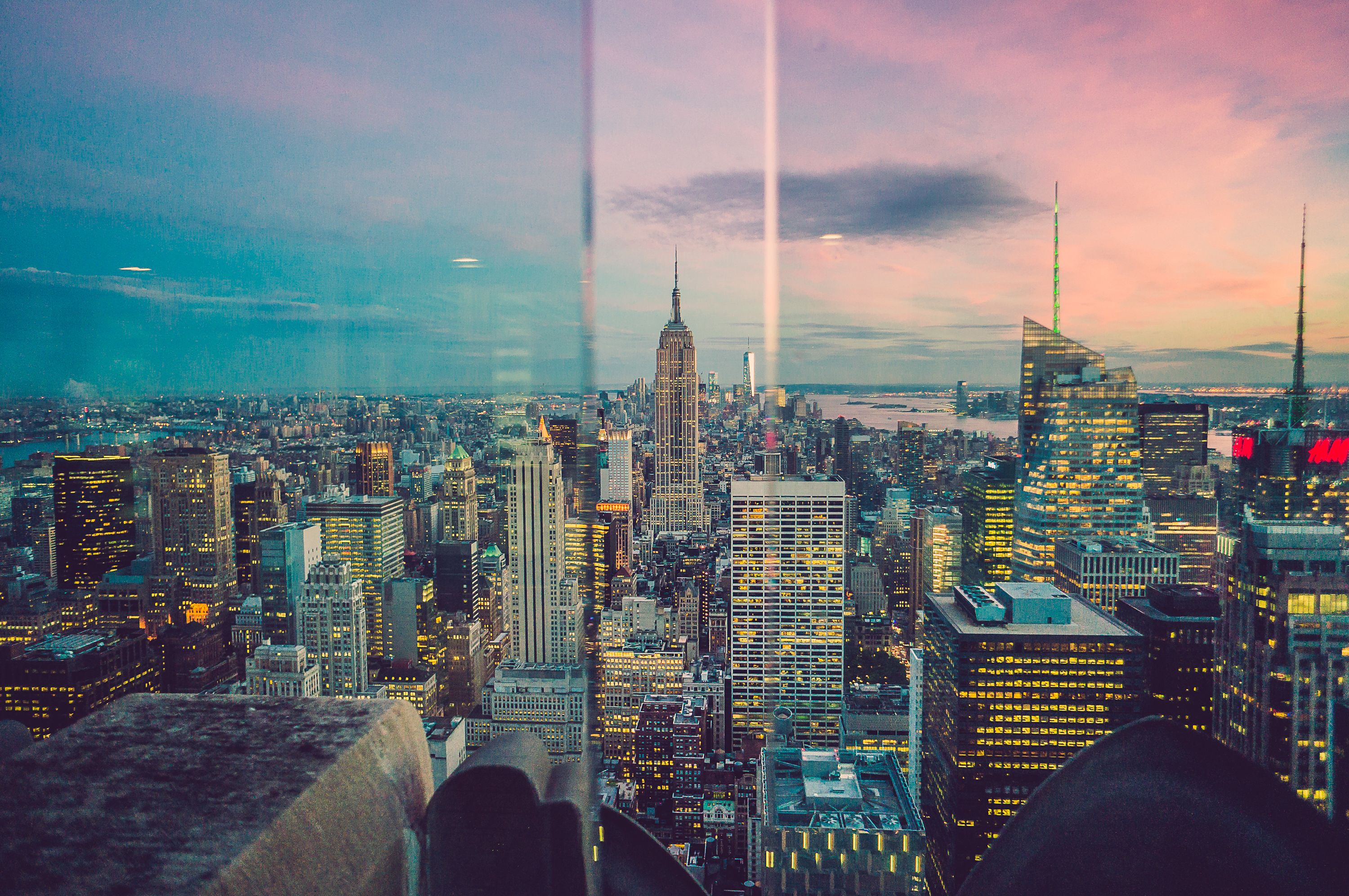 Manhattan, viewed from the Top of the Rock Observatory, trough the glass walls ...