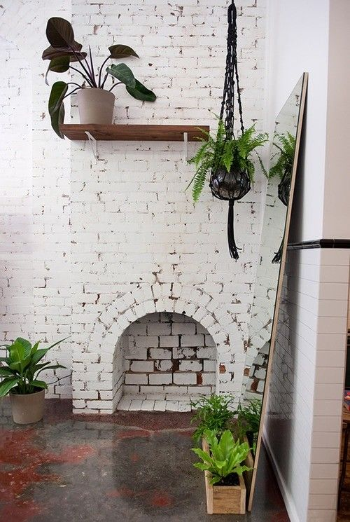 Pin By Adrienne Camp On Lovely Homes White Brick Painted Brick Indoor Plants