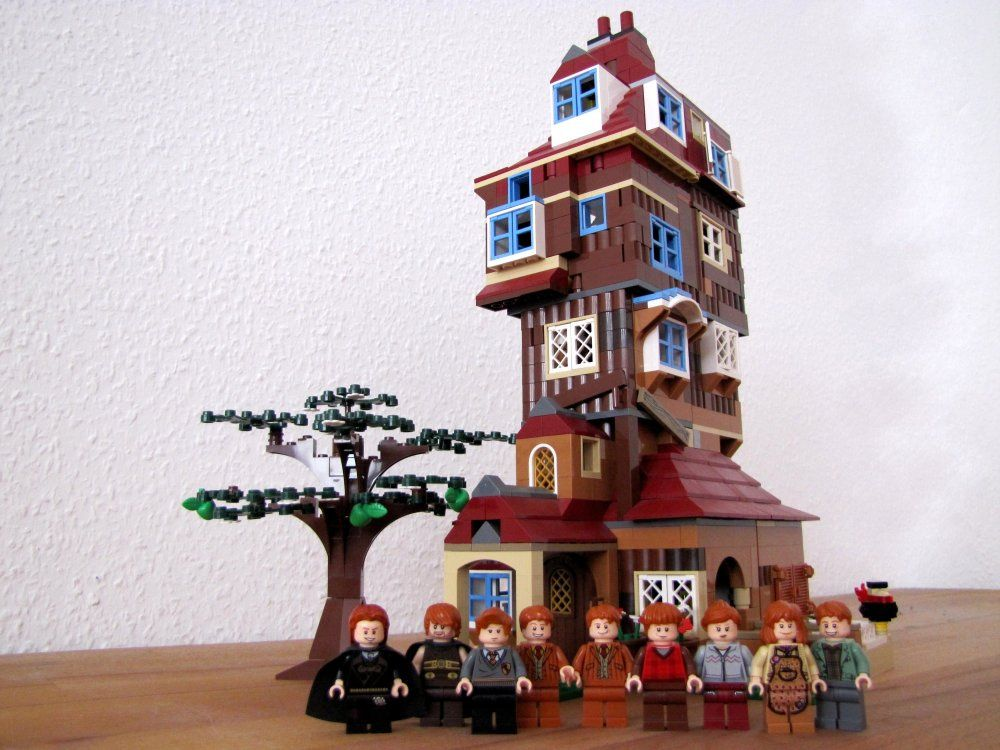 The Burrow With Weasleys Lego Harry Potter Harry Potter Dolls The Burrow