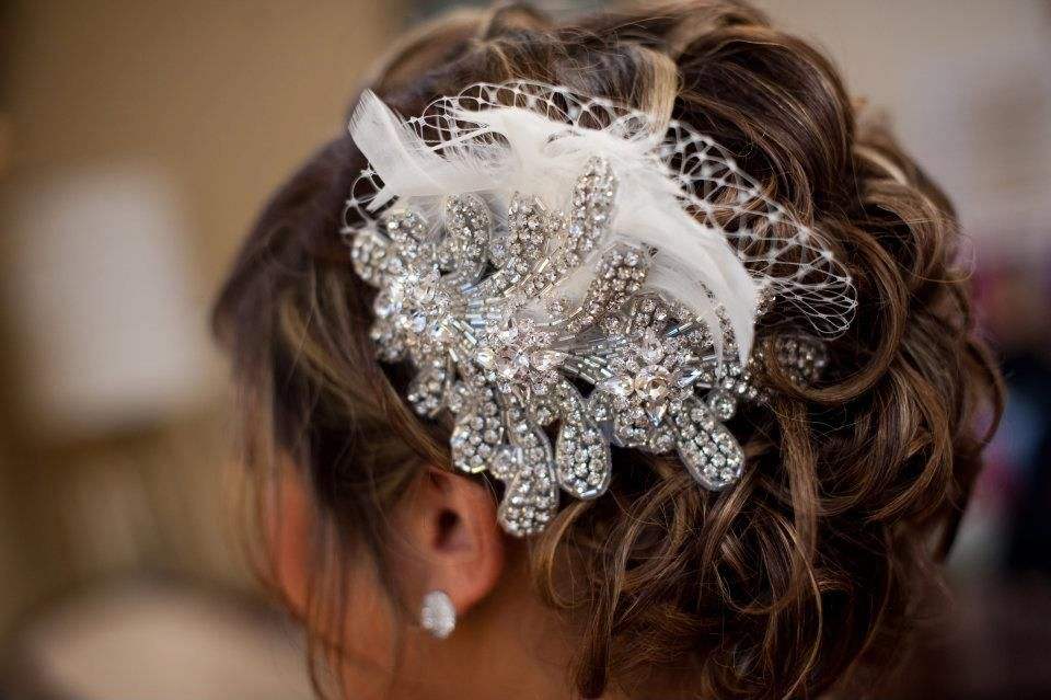 Bethany's crystal, feather, and netting headpiece. I had so much fun making this one-- luxurious layers of appliques, buttons, feathers, and French netting. Yum!! (Mindy Sue Photography http://mindylamprecht.blogspot.com/2011/10/bethany-matthew.html)