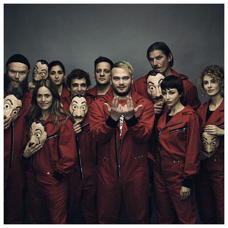 Netflix France Sur Instagram Jul Ne Sera Pas Dans La Série Mais Il Fait Qua Netflix Original Movies Best Series It Movie Cast