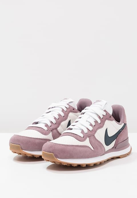 sale retailer 6cef5 75fcf Chaussures Nike Sportswear INTERNATIONALIST - Baskets basses - taupe grey armory  navy light orewood