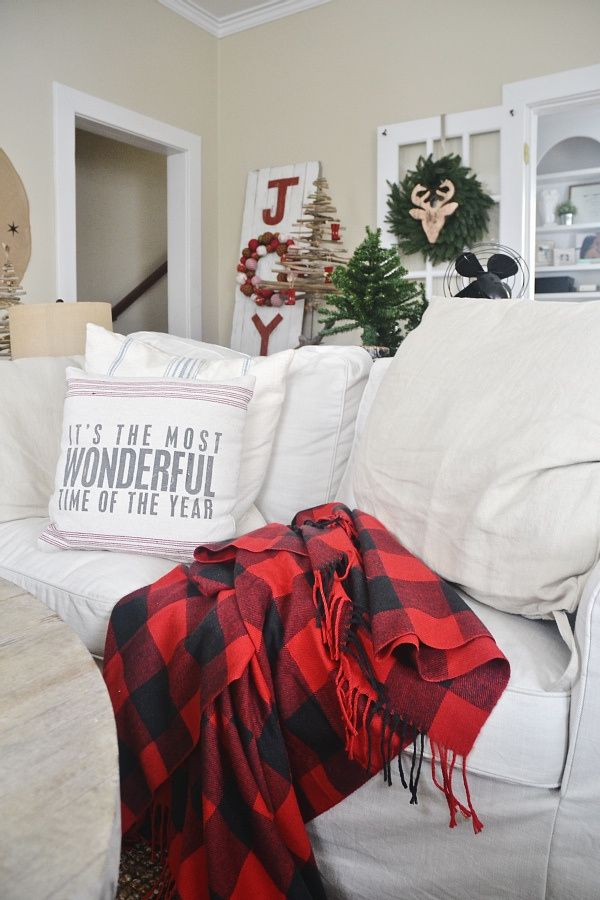 How To Frugally  Quickly Decorate For Christmas Christmas pillow
