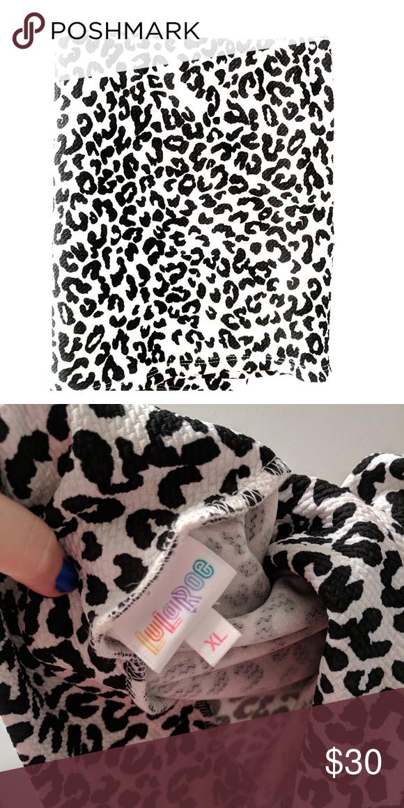 64492d2d2f43 Lularoe Cassie Skirt 🦄 XL black and white cheetah print Cassie!!! Worn once