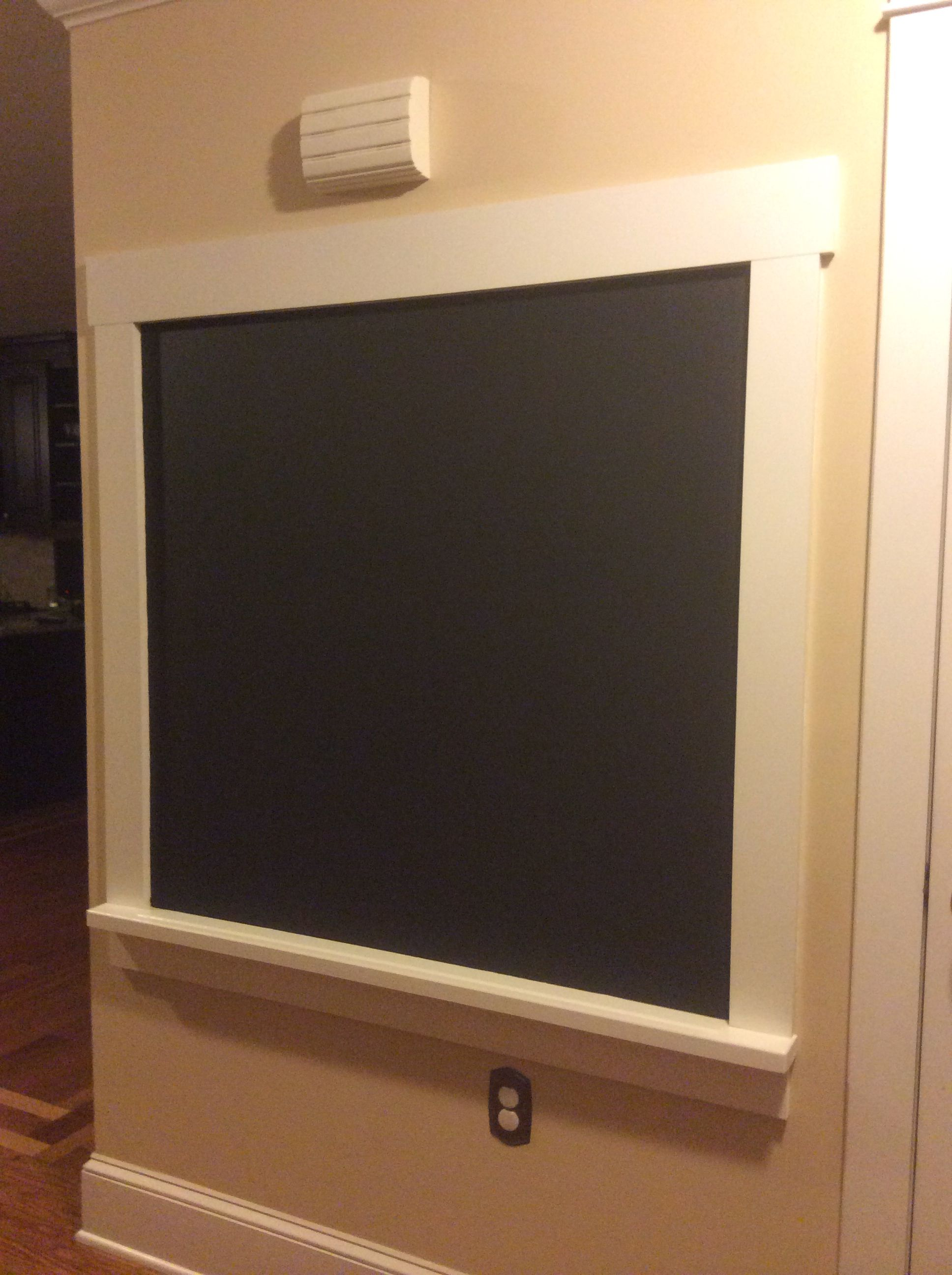 Diy Framed Chalkboard With A Ledge Magnetic Chalkboard Wall