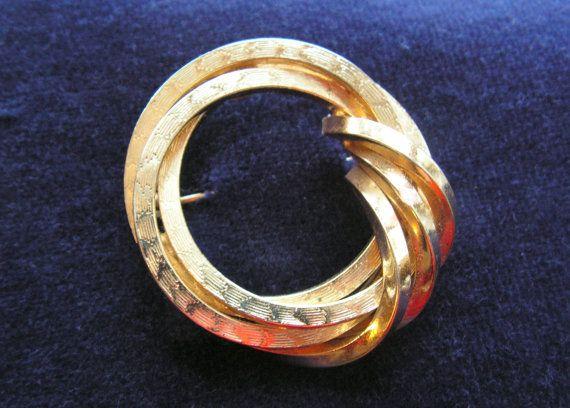 Grosse Germany goldplate circle brooch signed by DeerPathVintage, $35.00