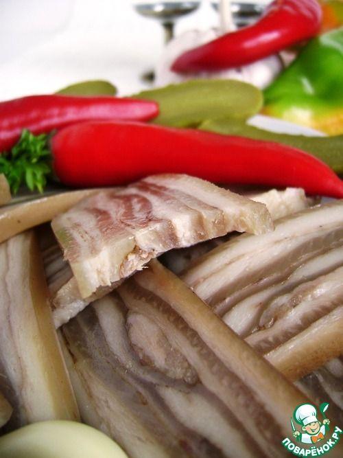 рецепт маринованного лука с отварной шкуркой от сала