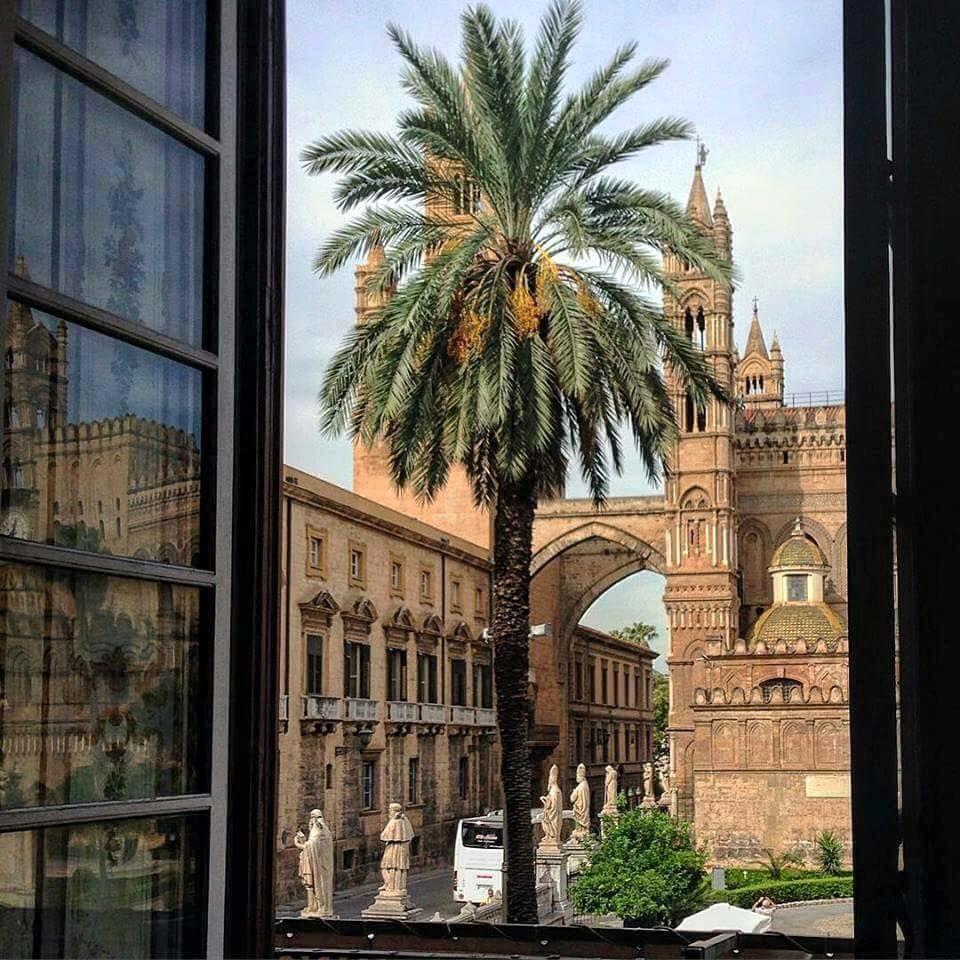 La Cattedrale vista da Palazzo Asmundo  Palermo.  View from Palazzo Asmundo  ph Rossana Conigliano #Yummysicily  #Palermo