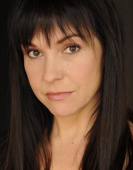 28 Pictures of Desiree Zurowski- Desiree zurowski portrayed elaine grey in  x men. Desiree zurowski is kno… in 2020   Big eyes 2014, Beautiful  actresses, Canadian actresses