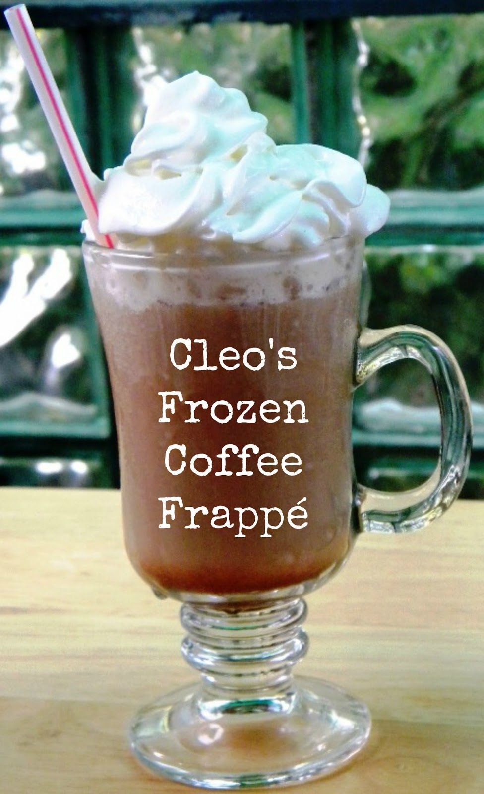How to make an iced vanilla latte or iced mocha for