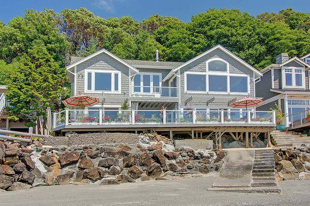 Simple Beach House For On Puget Sound Real Estate