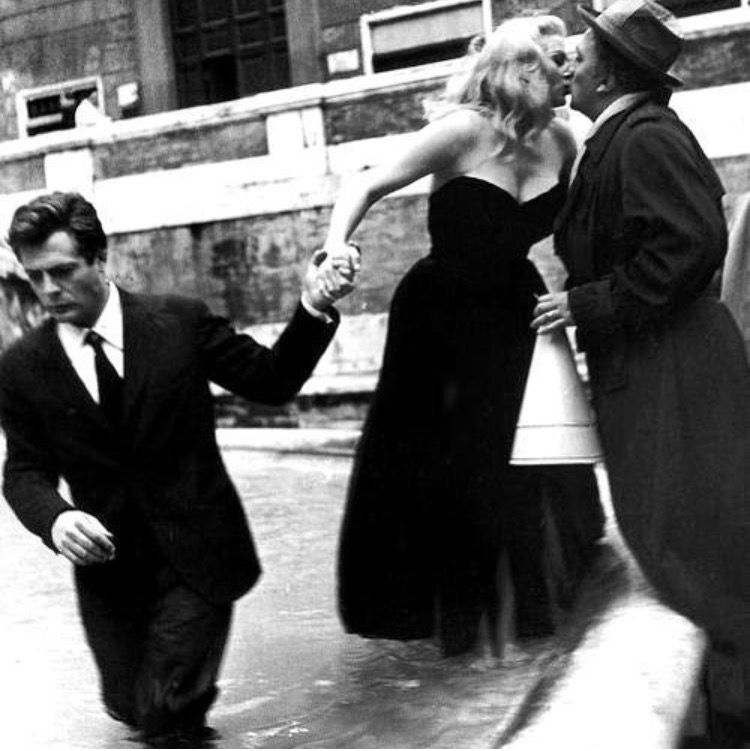 Buy This Book: Federico Fellini: The Films   Cinema noir