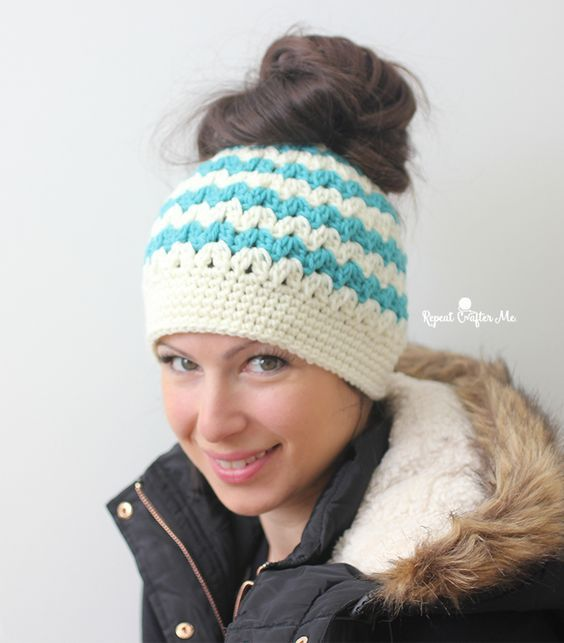 Free messy bun hat crochet pattern - repeatcrafterme | Crochet Hats ...