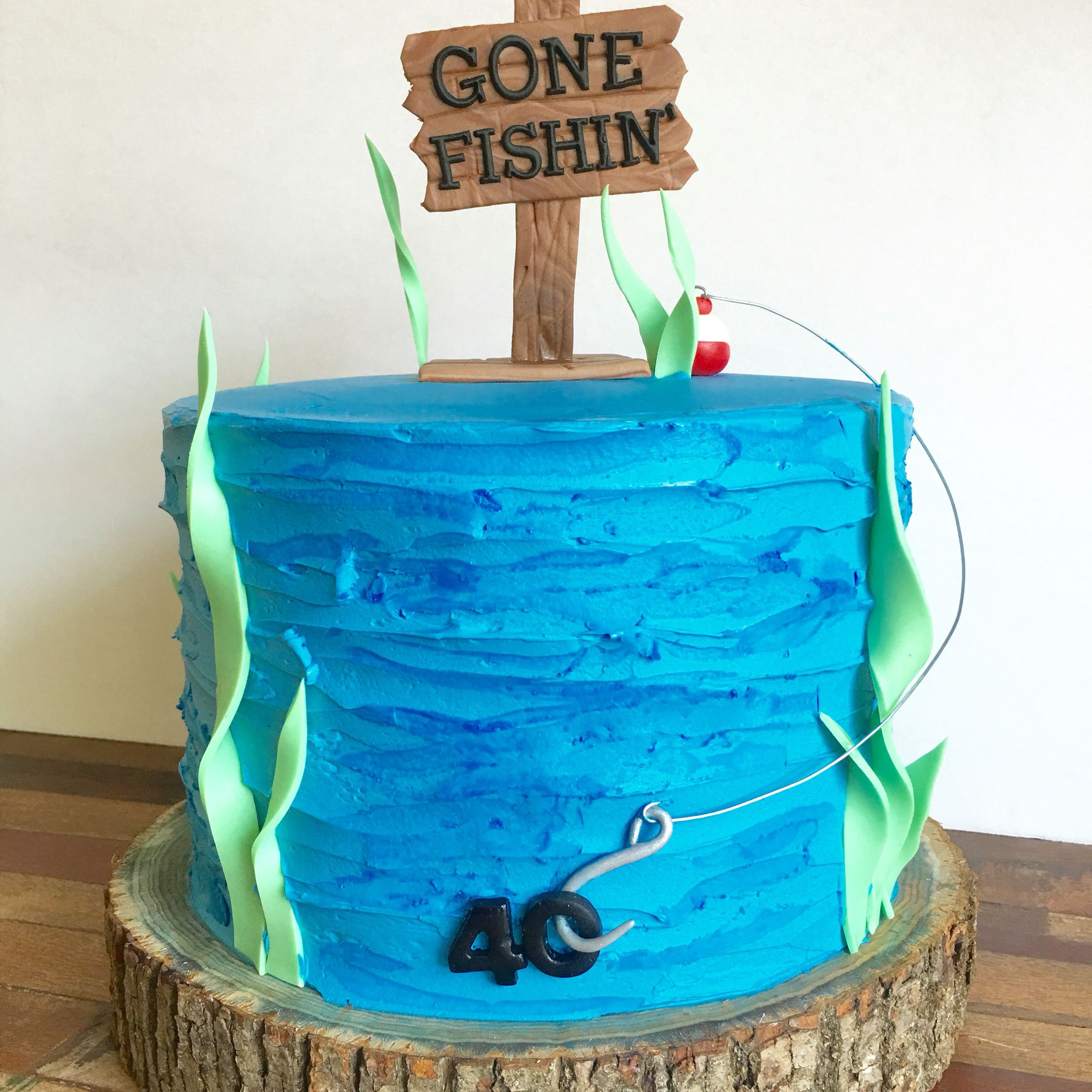 Gone fishing cake 40th birthday cake 777 awesome happy for Fishing cake ideas