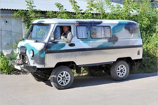 uaz 452 tuning 8 uaz 452 russian 4x4 van. Black Bedroom Furniture Sets. Home Design Ideas