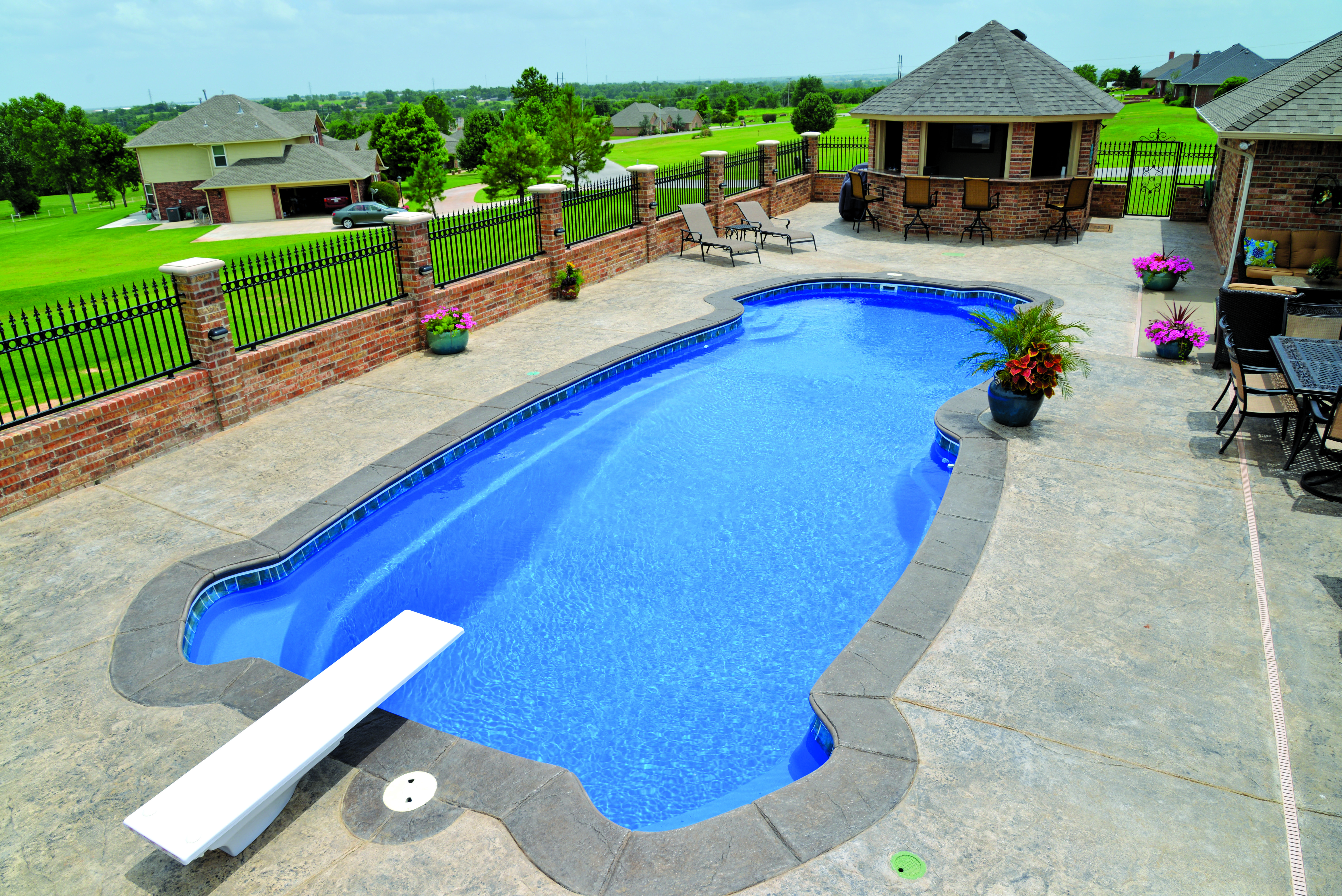 Pools4ever Is A Family Owned Fiberglass Swimming Pool Sales And Installation Company Serving North Fiberglass Swimming Pools Pool Swimming Pool Sales
