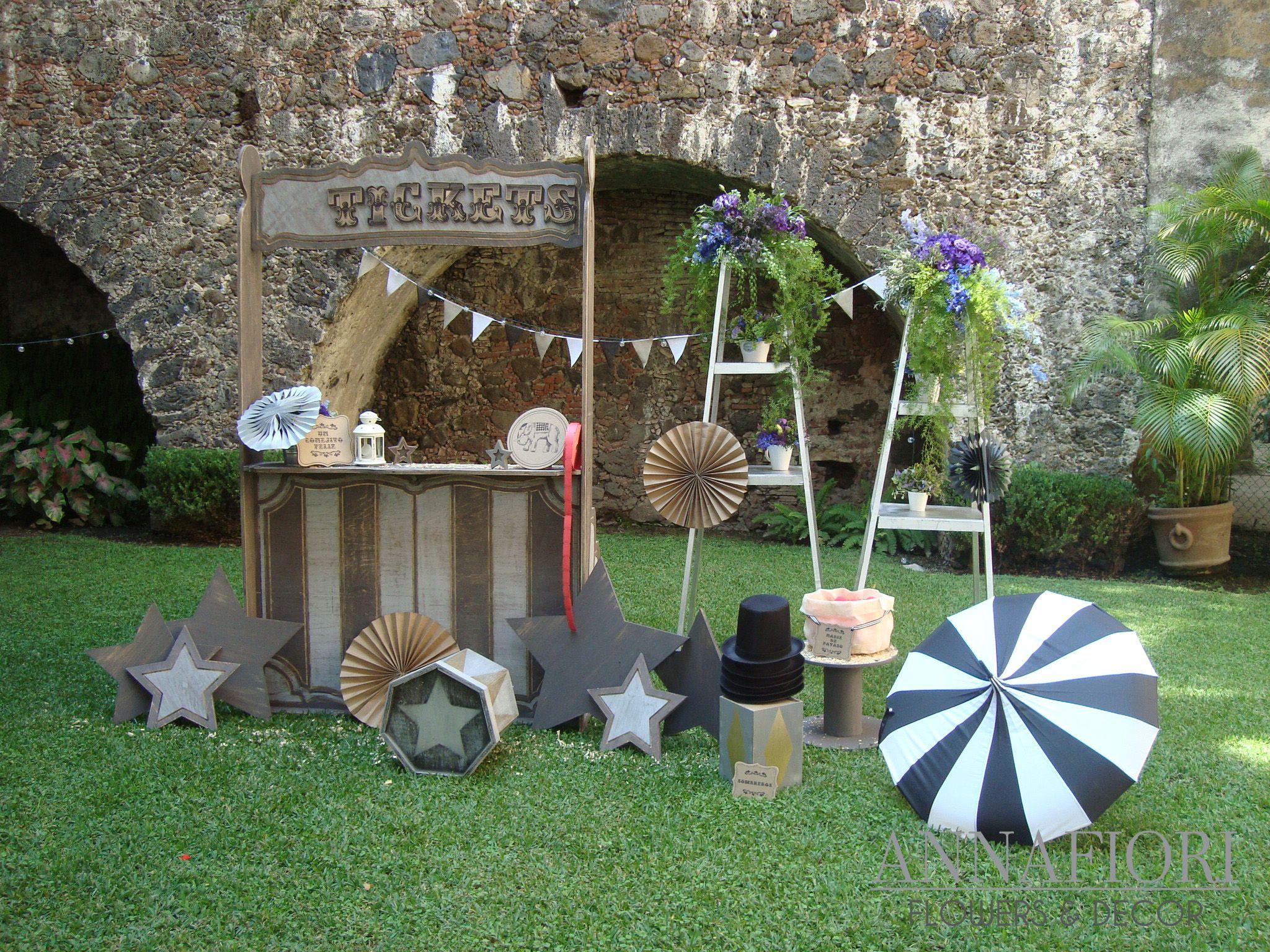 Photo booth recu rdame bodas vintage en jardin for Decoracion jardin vintage