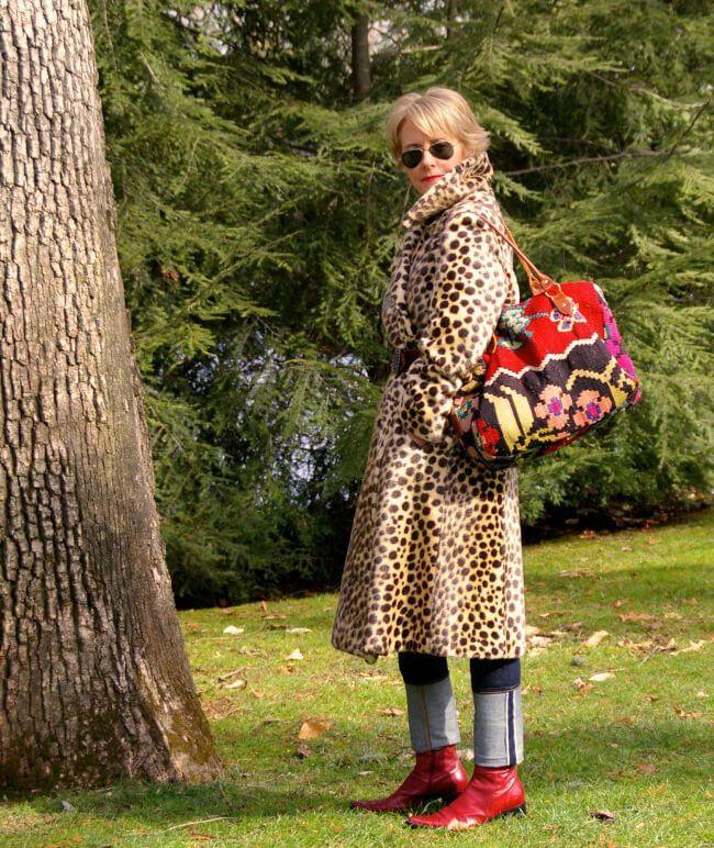 9f4efa0b4e6d Blogger Cherie James of Style Nudge in a leopard print coat