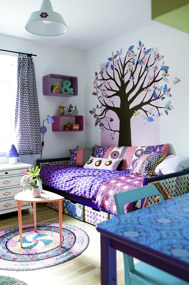 tree decal with colourful leaves...so pretty