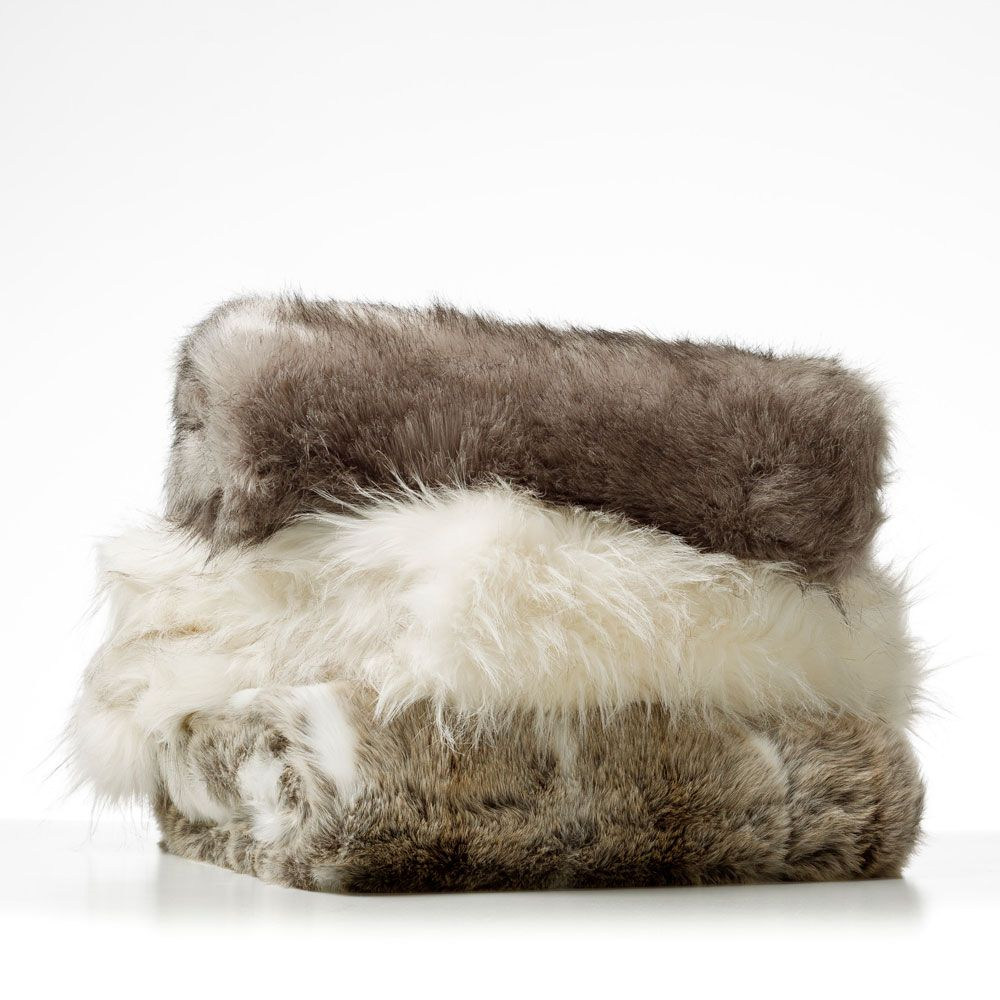 Add Warmth To Your Home With Luxury Premium Throws & Rugs