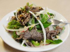 #khmer #Cambodian Lime-Marinated Beef Salad