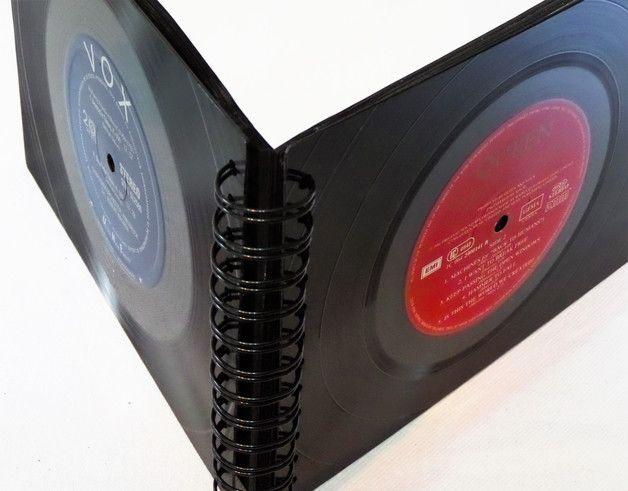 **Das außergewöhnliche Geschenk für Musikliebhaber** : Fotoalbum, Fotomappe für die schönsten Erinnerungen des Jahres aus Vinyl Schallplatten angefertigt -QUEEN    Stylisches Fotobuch, Fotoalbum,...