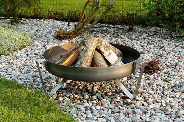 Lagerfeueratmosphäre mit Feuerschalen Grills, Garten and Gardens - feuerstelle im garten gestalten