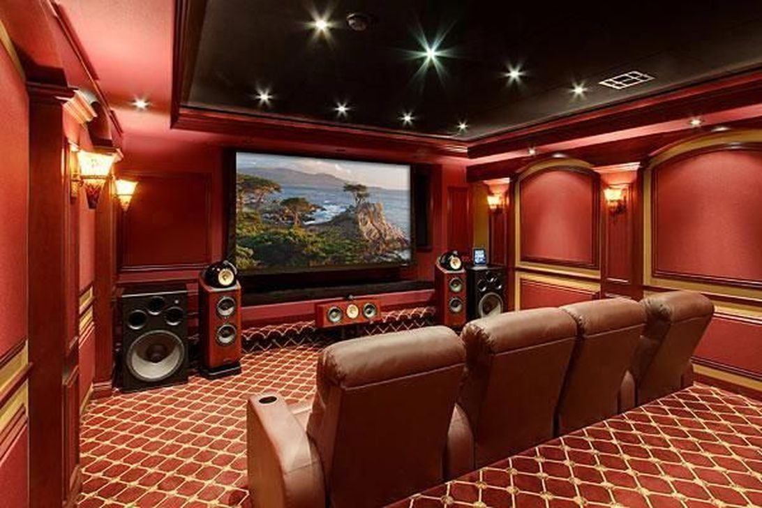 Best small movie room design for your happiness family 43