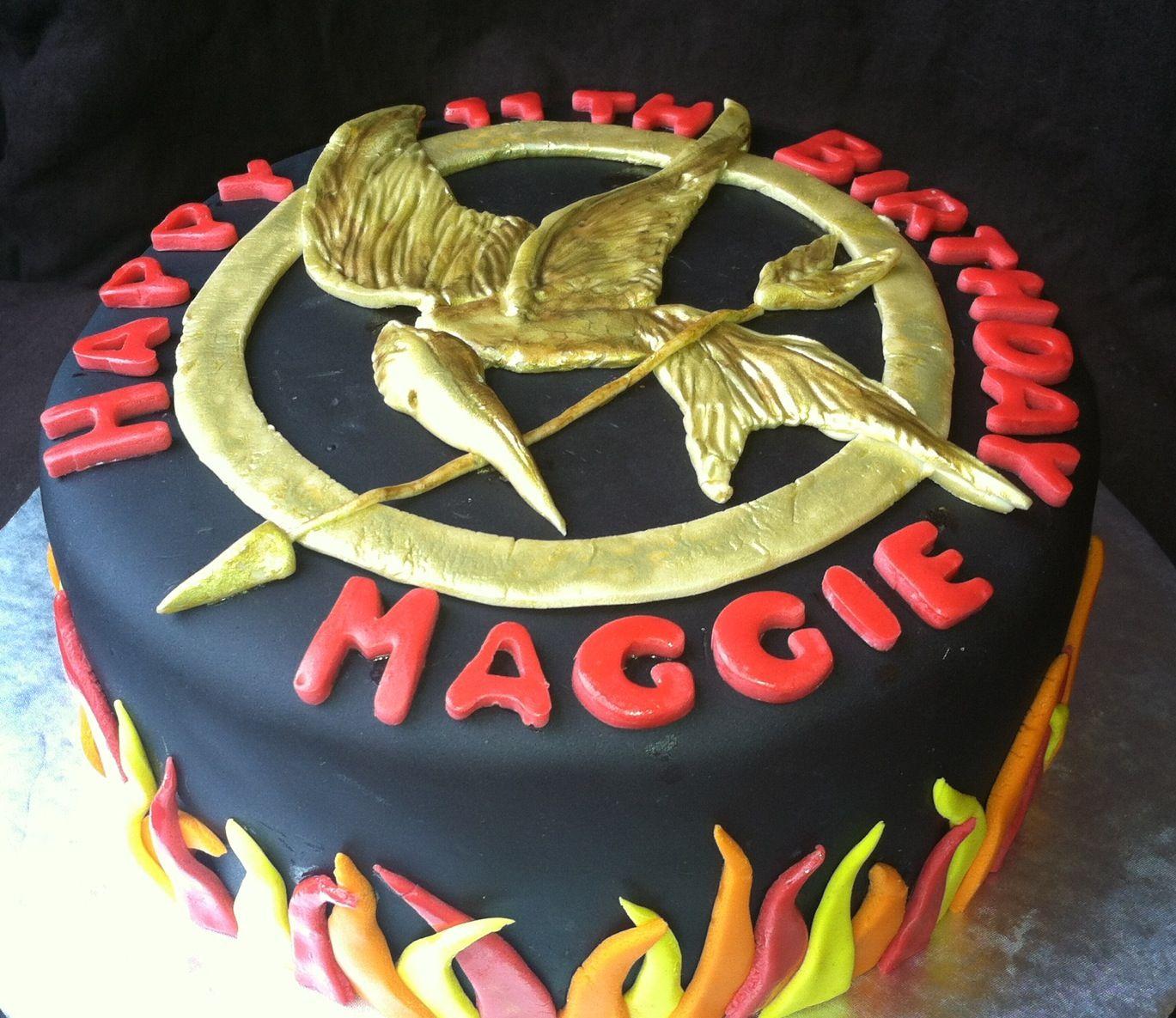 Hunger Games Cake Hunger Games Diy Buzzfeed Pinterest Hunger