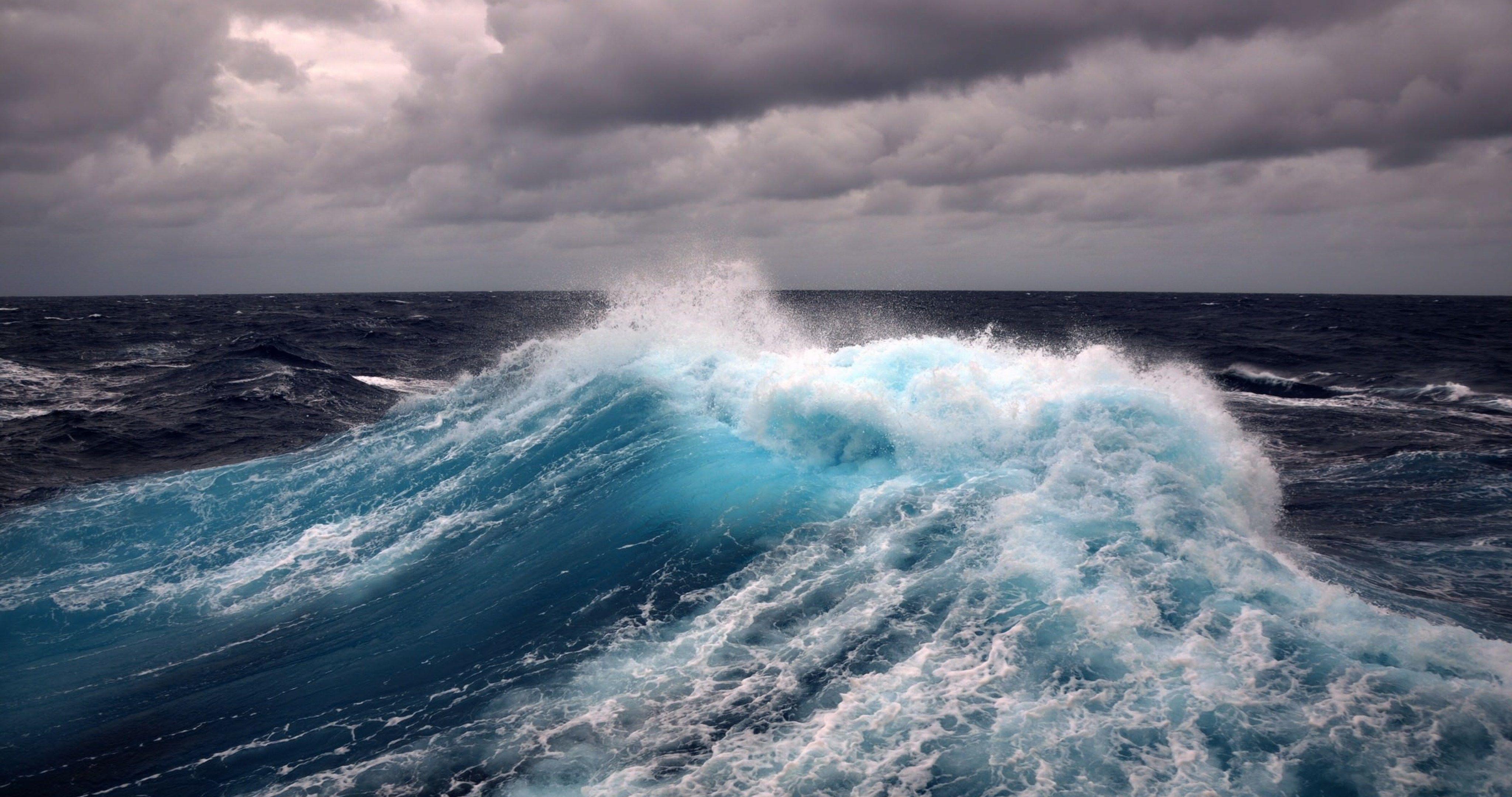 Water Wave 4k Ultra Hd Wallpaper Waves Wallpaper Ocean Waves Waves