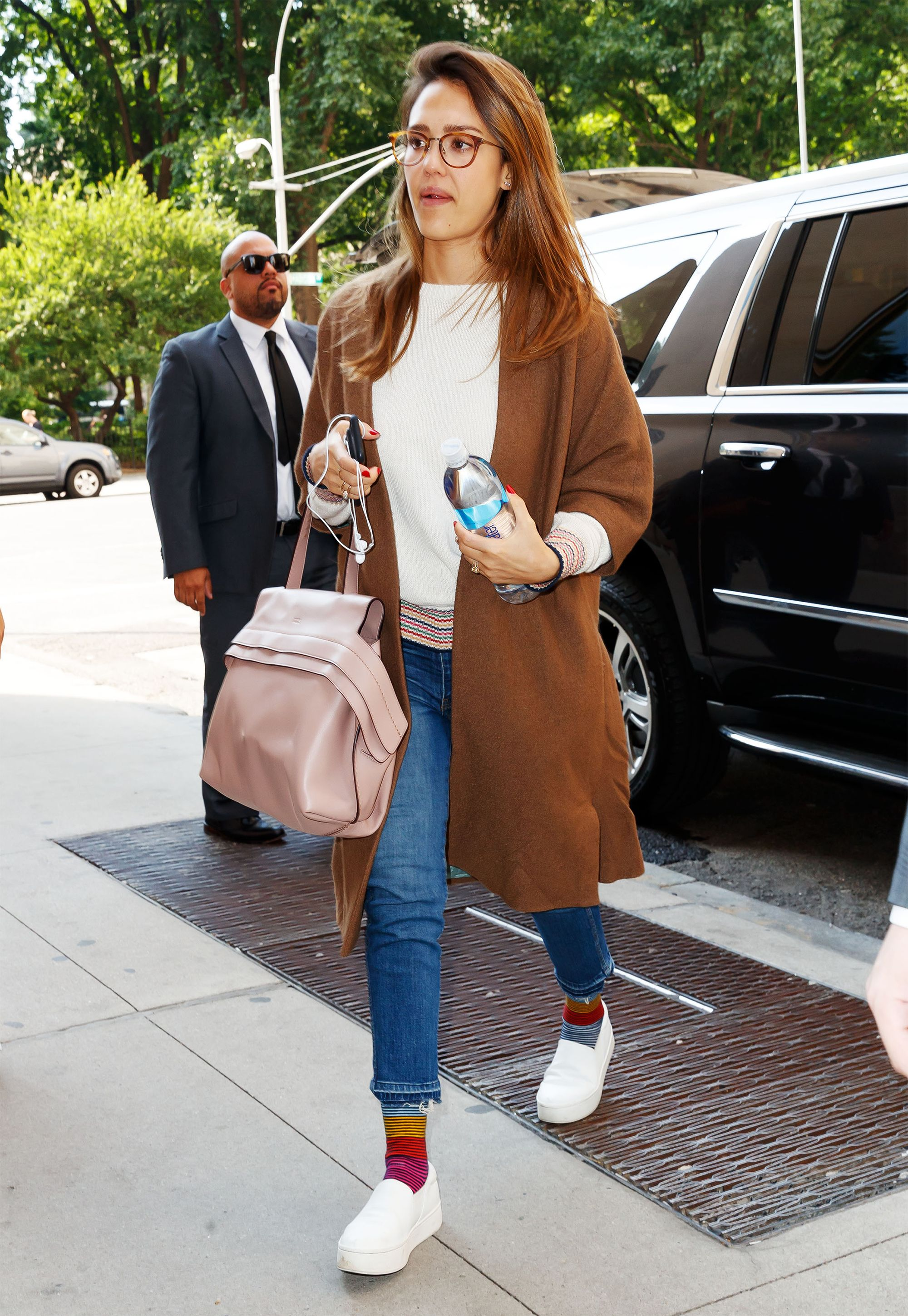 530927346e Jessica Alba Wore Four Outfits in a Day That You'll Want to Copy  Immediately   Jessica Alba just wore four outfits in a single day, and they  were all worth ...