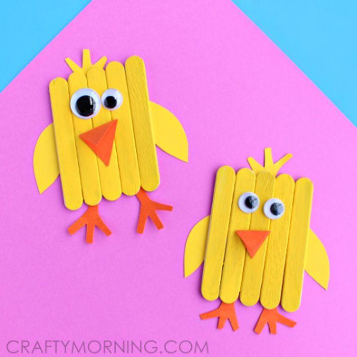 Hähnchen aus Holzstäbchen selber machen, Basteln mit Kindern - lustige bilder selber machen