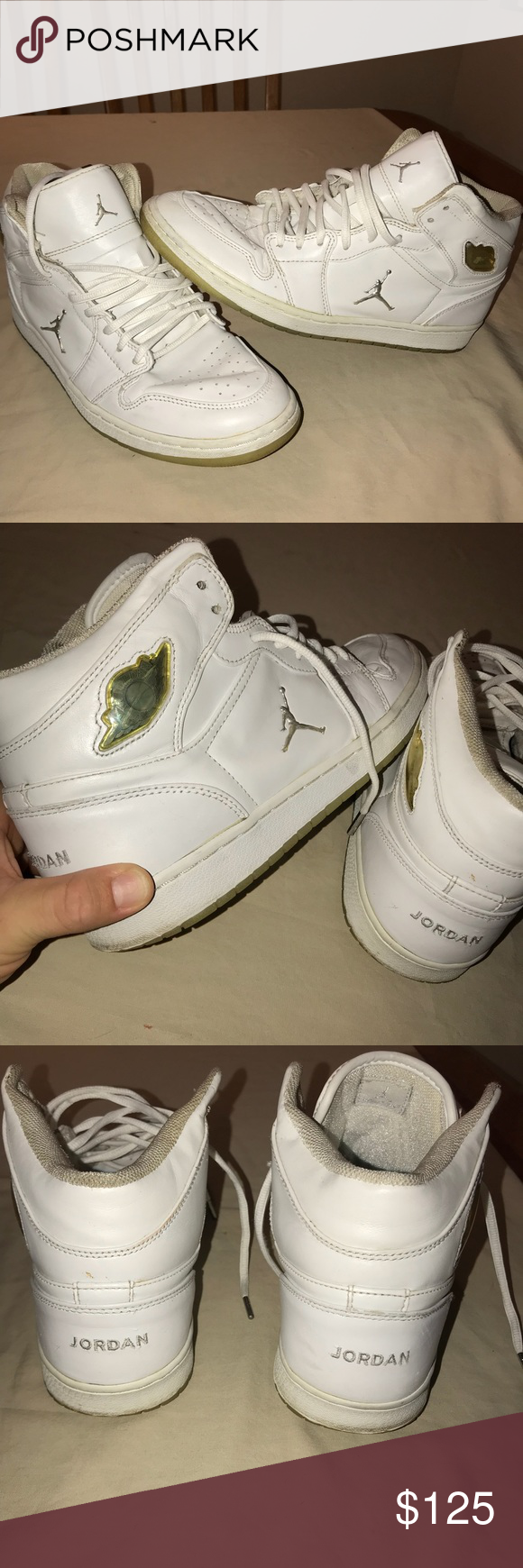 8b2ef967a082 Jordan 1 retro chrome (2002) Used condition. Please see pictures for wear.  No insoles. Great condition for being 17 years old. No holes