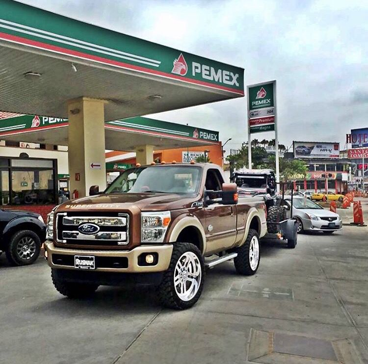 F-350 King Ranch FX4 Single Cab.