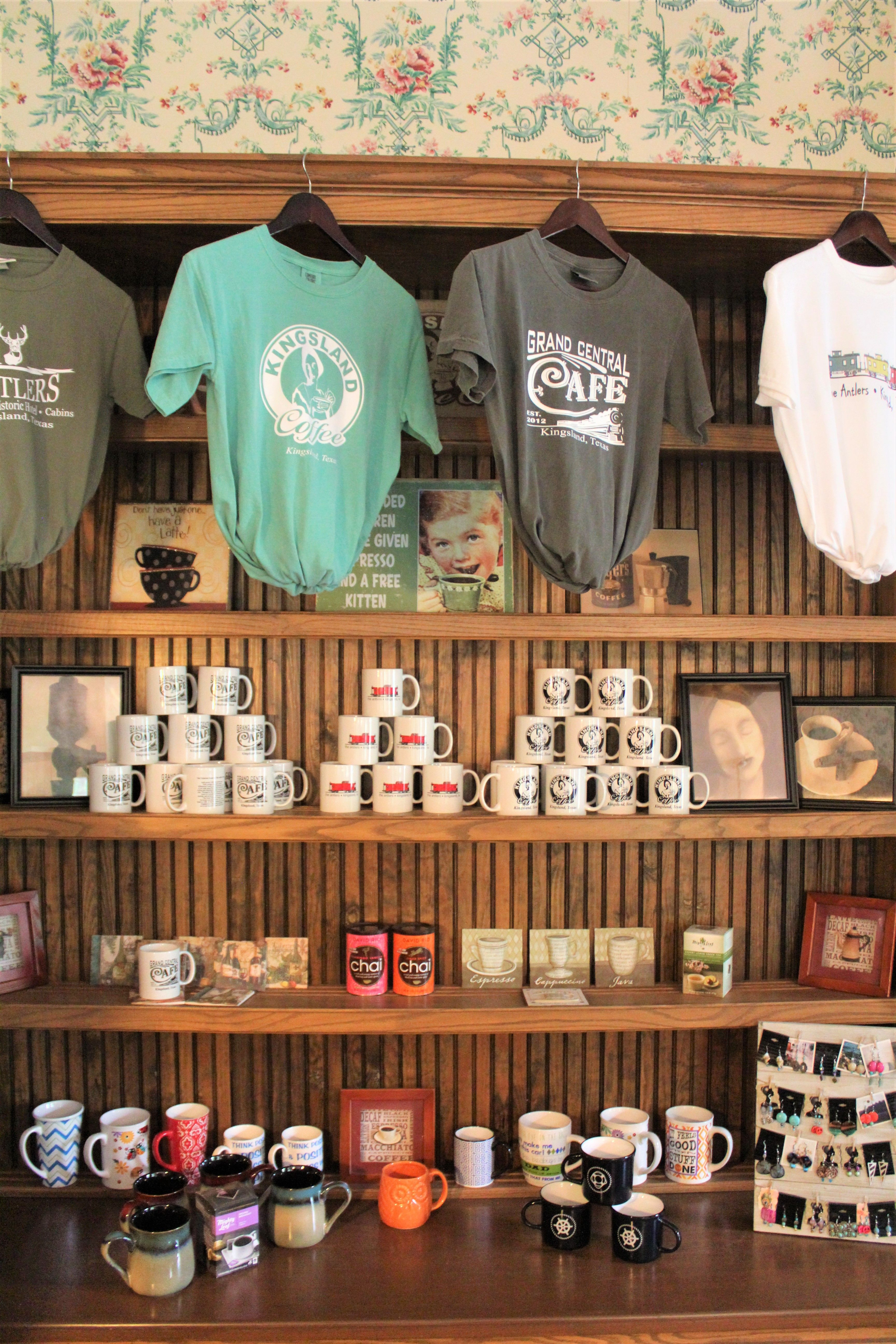 Located Inside The Antlers Hotel Is The Coffee Shop And Gift Shop Kingsland Coffee Serves The Best In All Of Llano And B Kingsland Coffee Serving Coffee Shop