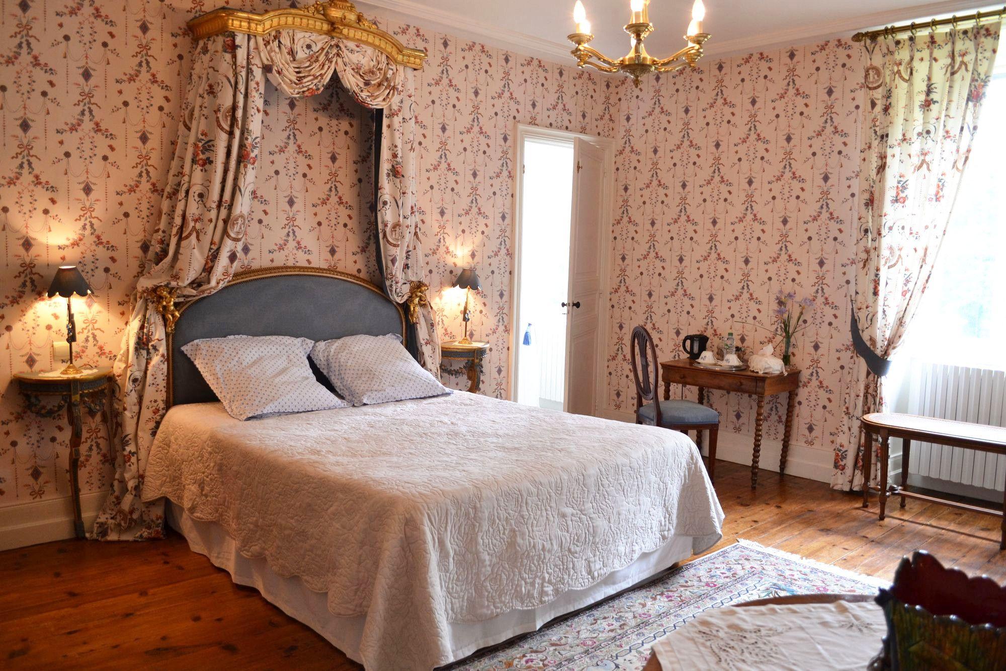 Logis Du Portal Location Chambre Chambre D Hote Decoration Maison