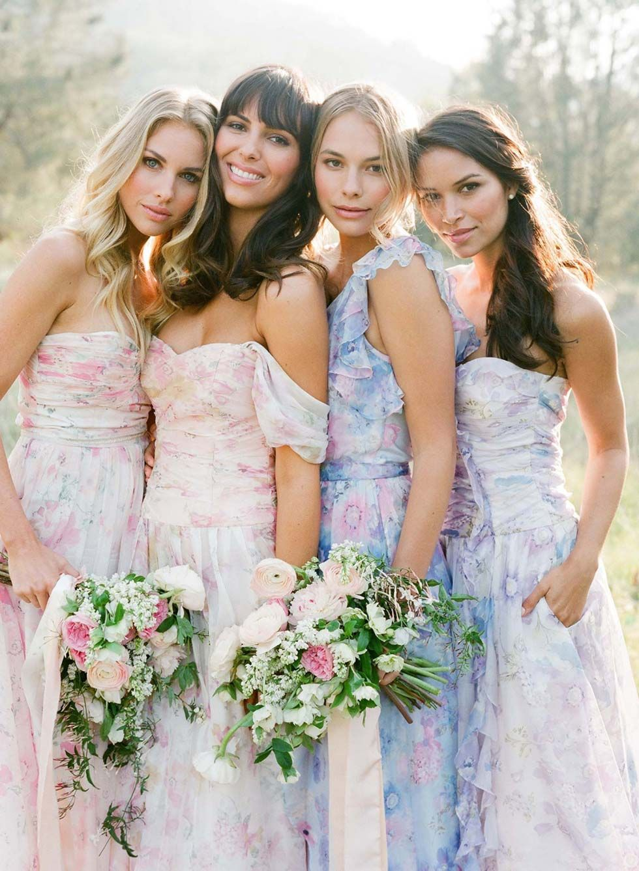 We love Flowerpower! Zarte Aquarell-Kleider in Pastell für ...