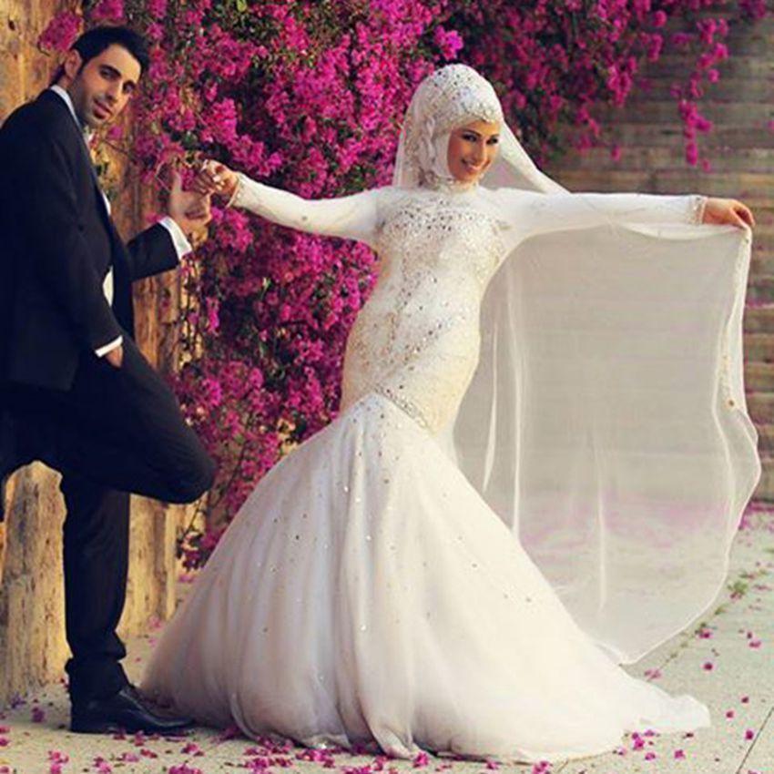 2017 luxury long sleeve muslim wedding dress high neck