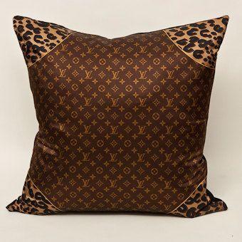 louis vuitton pillow cutest things cute home accessories gadgets more pinterest. Black Bedroom Furniture Sets. Home Design Ideas