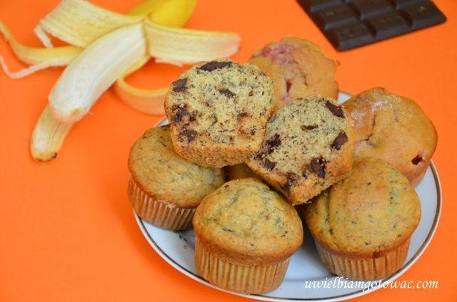 Muffinki z bananami i czekoladą - znikają za szybko