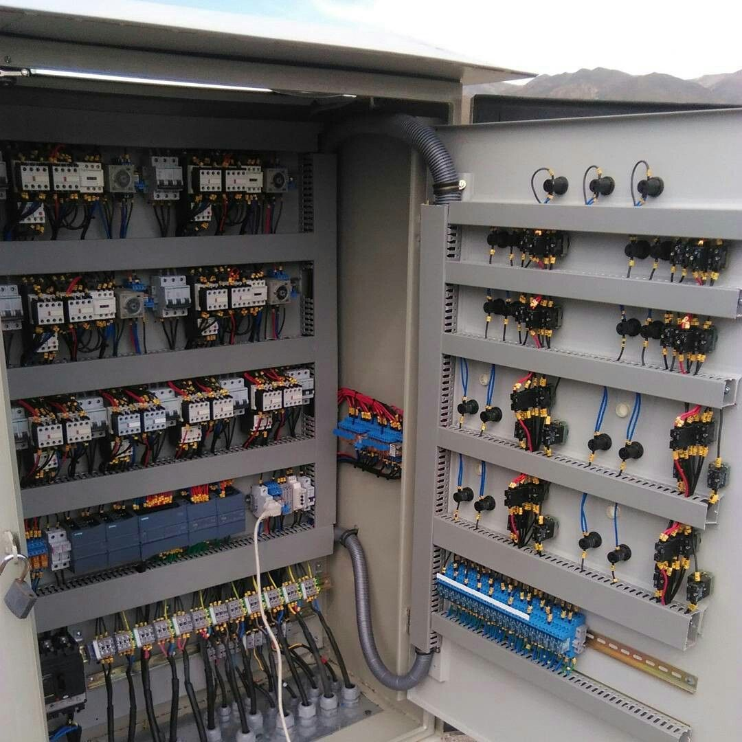 Hardware Board Electrical Engineering Computer Find This Pin And More On Electric Control Panels