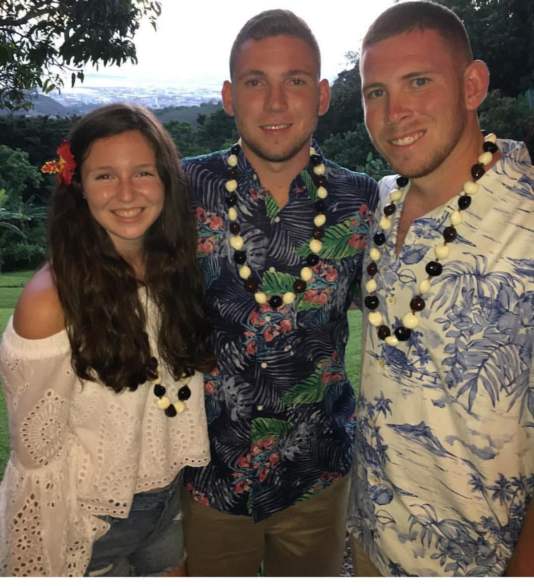 The beautiful Duffy kids in Hawaii. @emmaduff.y you look adorbs in our White Eyelet top and jean shorts. 😍😍😍 #hawaii #familyvaca #siblings #whiteeyelet #whiteeyelettop #jeanshorts #ootd #ootdfashion #lookswelove #islandtime #onislandtime