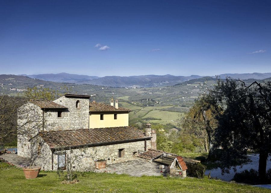 Visit the page of the agriturismo Casale le Pergole